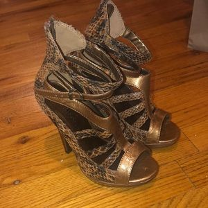 "Snakeskin 5"" Platform Heels"